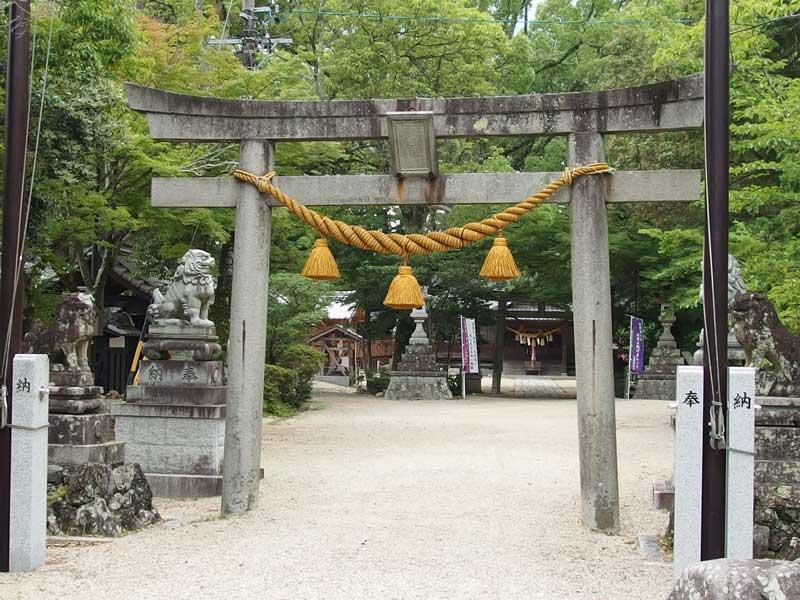 亀山神社001